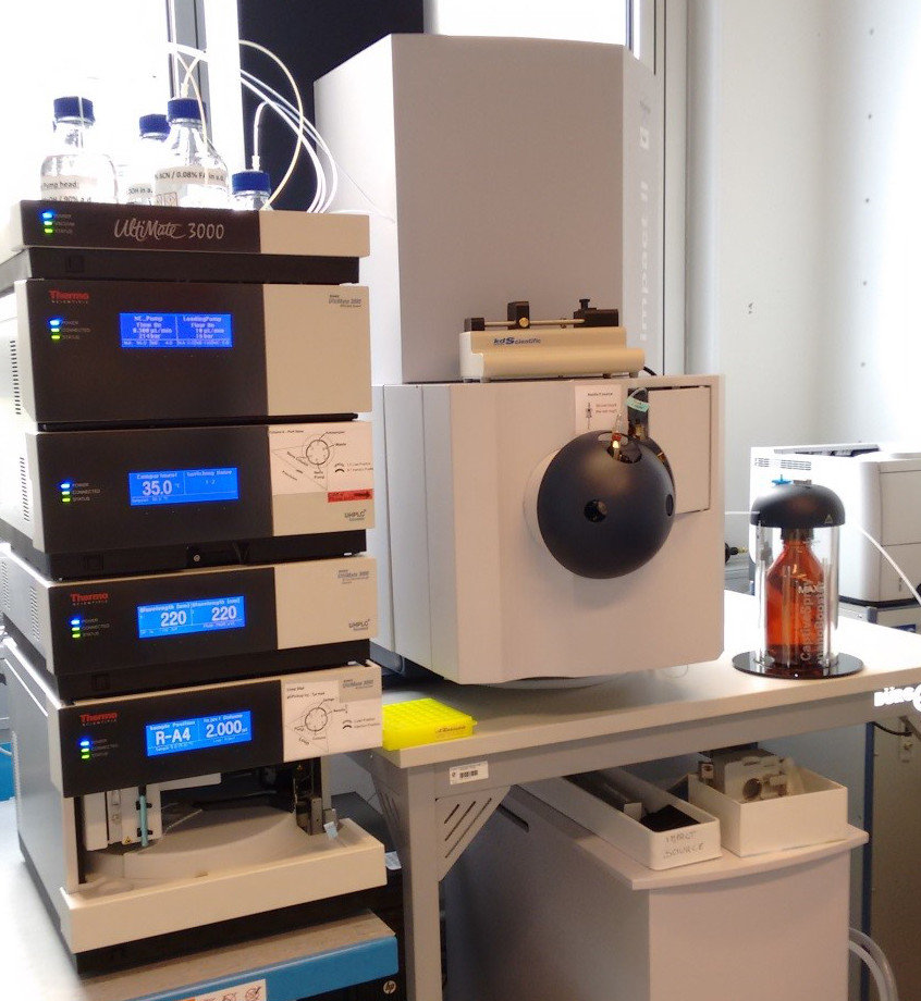 <p><strong>Q-Tof Impact HD II</strong></p> High resolution quadrupole time-of-flight (Q-Tof) tandem mass spectrometer, equipped with nano electrospray ion source and a nanoBooster to enhance the ion signal intensity. It is online coupled to a nano 2D-UHPLC, Dionex Ultimate 3000 RSLC. This LC-MS/MS system is used to perform high throughput identification and quantification of proteins in complex sample mixtures.
